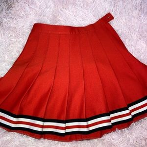 Vintage red tennis skirt with stripes